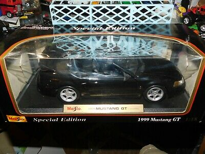 Maisto 1999 Ford Mustang Gt Convertible Black 1 18 Scale Cast
