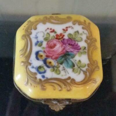 Scarce French Antique Vincent Dubois Hand Painted Enamelled Patch Box C 1773+