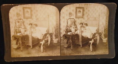 ** Antique Stereoscope Stereoview Card The Last In Bed Puts Out The Light 1901 *