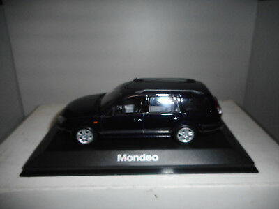 Ford Mondeo Mk3 Station Wagon 2000-2007 Blue Minichamps Dealer Ford 1:43