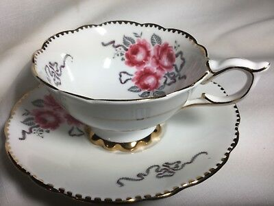 Royal Stafford Bone China Cup/Saucer England       Cameo Rose Pattern