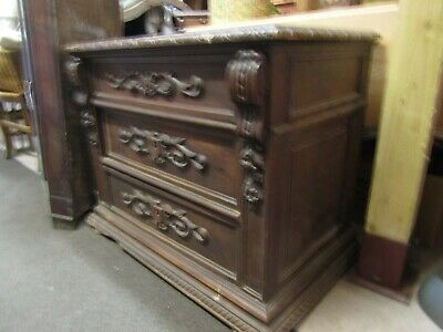 Mid 19Th Century Oak French Higly Carved Small Chest Of Draws For Restoration