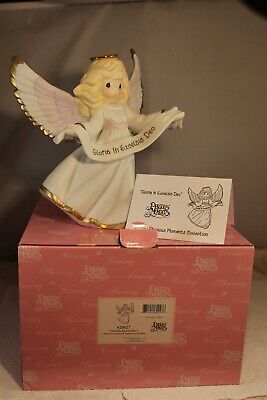 """2006 Precious Moments Gloria In Excelsis Deo Porcelain Figurine 620027 7 1/2"""""""