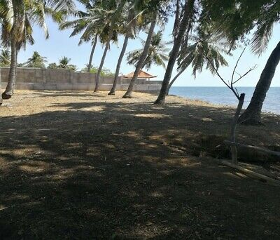 800m2 Absolute Beach Front Building Plot North Bali