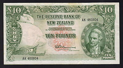 NEW ZEALAND P-161d.  (1967) 10 Pounds - Fleming..  Prefix AK.. gVF