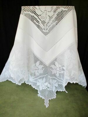 Antique Tablecloth-Hand Crochet Edge & Corners-Daffodil Design-Linen