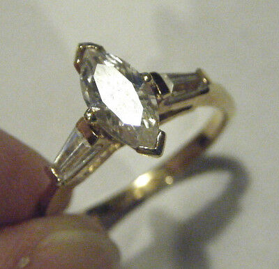 PRETTY VTG SOLID 14K YELLOW GOLD RING sz 9 LARGE 10mm CZ MARQUISE & BAGUETTES