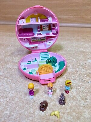 POLLY POCKET Vintage Buttons Animal Hospital Compact Complete Bluebird 1989