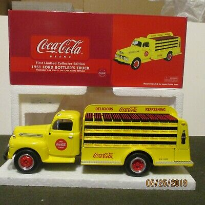 1st First Gear 1:34 diecast 1951 Ford Coca-Cola bottler's truck Mint in orig box