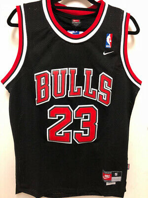 Mens / Youth Michael Jordan #23 Chicago Bulls Black Classic Throwback Jersey