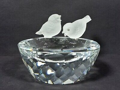 Swarovski Crystal Bowl Bird Bath With 2 Frosted Crystal Birds