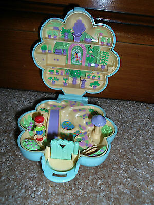 Vintage 1990 Polly Pocket Midge Flower Garden Shop Store Park Figure Compact