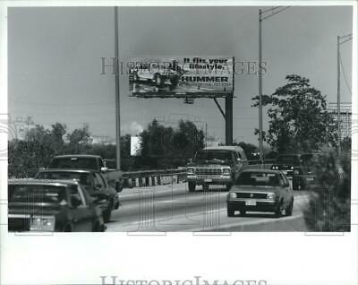 1993 Press Photo Hummer Billboard Stevenson Expressway - RRV01163