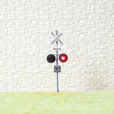1 x OO Scale 2 tracks railroad grade crossing signal LED made 2 target gray