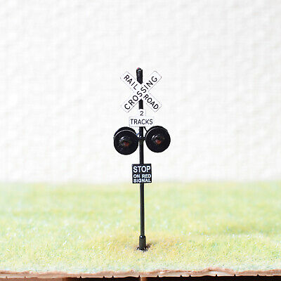 1 x OO / HO scale railroad crossing signals LED made 4 target faces silver #2BL4