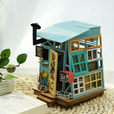ROBOTIME DIY Doll House Kits Miniature Furniture Wooden Hut Handmade Gift Girls