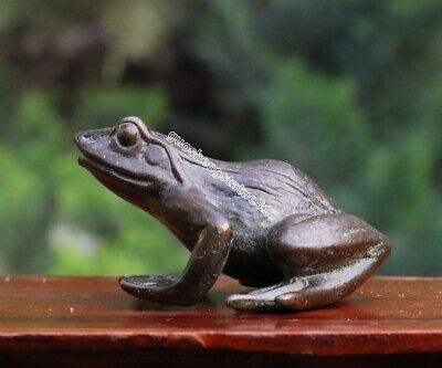 6 CM China Pure Bronze Fengshui Animal lifelike Lotus Common Pond Frog sculpture