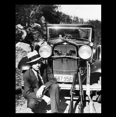 BONNIE & CLYDE 1932 Ford Car PHOTO,Great Depression Gangster Clyde Barrow + Guns