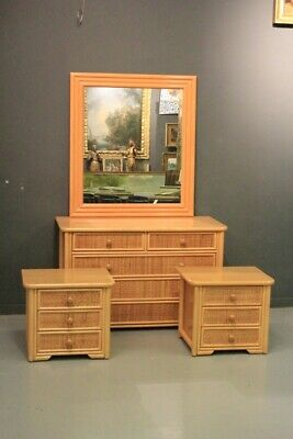 Dresser' with Dressing Table & Pair of Bedside Tables, Age '900 / Bedroom