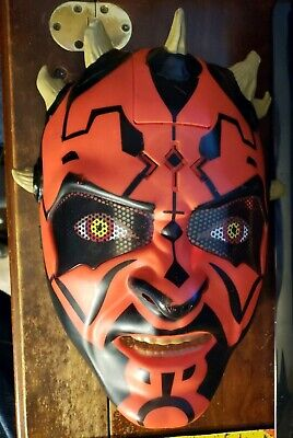 Hasbro Star Wars Darth Maul Electronic Talking Helmet Mask Sith Lord 2011 Red