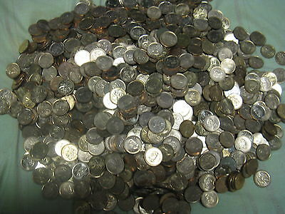 Huge Lot 2000+ Canadian Modern Pennies Mostly BU Red.