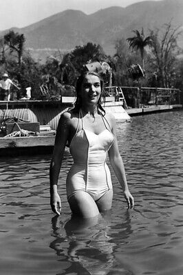 Creature from the Black Lagoon Julie Adams Candid white swimsuit in water Poster