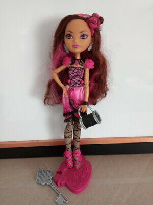 Ever After High Briar Beauty in great condition, stand included