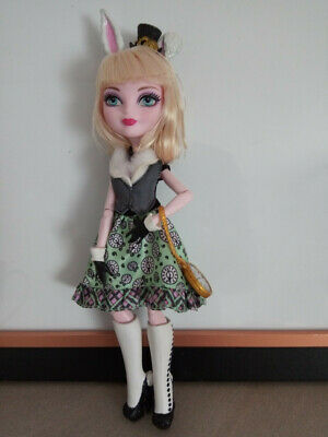 Ever After High Bunny Blanc in great condition