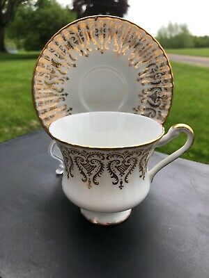 Paragon Gold Tea Cup & Saucer, Her Majesty The Queen, Fine Bone China England