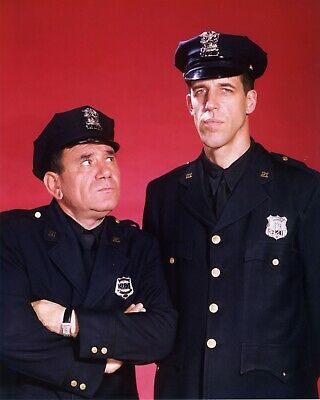 Car 54, Where Are You? / Fred Gwynne 8 x 10 / 8x10 GLOSSY Photo Picture