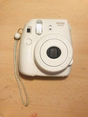 Fujifilm Instax Mini 8 Instant Polaroid Camera White With Case