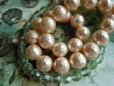 Elegante Light Peach Pearl-facettierte Muschelkern-Perlen- 12mm -10Stk.-