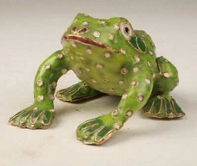 Precious Chinese Cloisonne Hand Carving Frog Figurines Statue Good Luck Gift