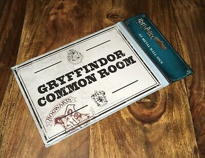 NEW Official Harry Potter A5 Metal Wall Door Sign - Gryffindor Common Room