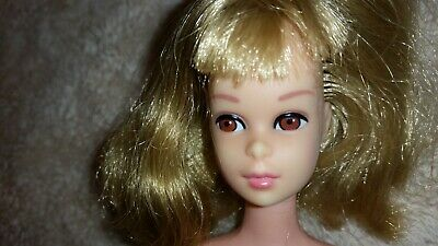 Vintage Mod Blonde Hair Standard Francie Barbie Doll Rare Straight Leg Version