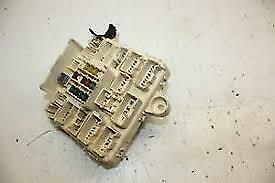 2003-2005 lexus is300 interior dash instrument panel fuse box relay block  oem