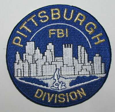 PHILADELPHIA POLICE AND FIRE PIPES /& DRUMS PATCH ~ PENNSYLVANIA ~ OLDER ISSUE