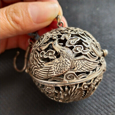 Chinese Rare Collectible Old Tibet Silver Handwork Hollow Out Dragon Spice Box