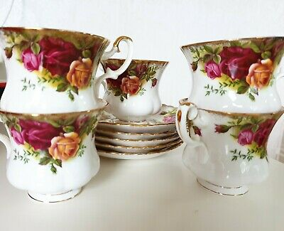 Royal Albert Old Country Roses Tea Cup and Saucer Teacup 5 sets Vintage
