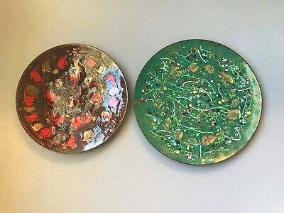 2 Vintage Confetti Enamel Plates Mid Century Modern Green Gold Copper Red Signed