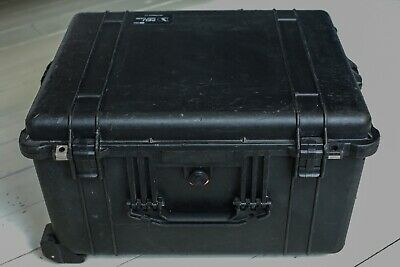 original PELI 1620 flight/protective wheeled hard case in full working order.