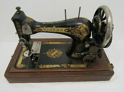 Singer Sewing Machine 28K 1894 S/N:15108029 - WEL FUR