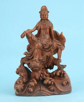 Chinese Boxwood Hand-Carved Guanyin Statue Spiritual High-End Gift Collection