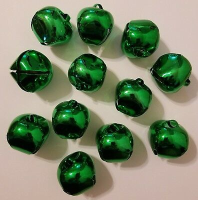 Lot Of 12 Brillante Verde Metal Campanillas Manualidades de Navidad 35mm 3.2cm