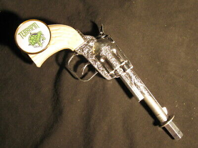 beer tap handle old western six shooter terrian