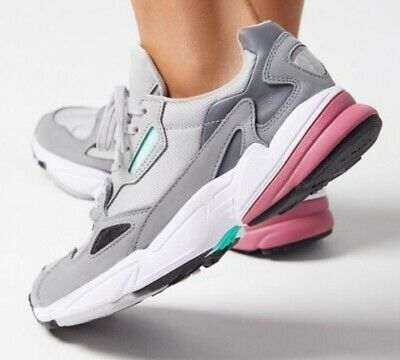 timeless design 598d2 c7512 WOMEN'S ADIDAS ORIGINALS Falcon D96698 Grey/Trace Maroon Shoes Sz 6 Kylie  Jenner
