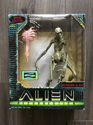 Hasbro Alien Resurrection Newborn Alien Figure - Mint In Box!!