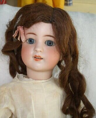 """Simon & Halbig 550 Bisque German Doll - 22"""" in White Dress"""