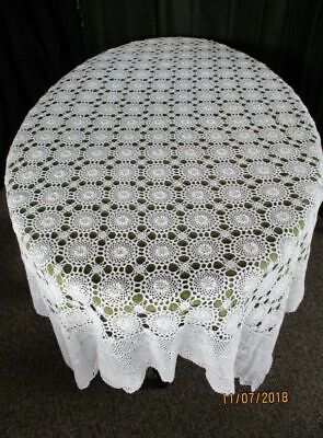 "VINTAGE TABLECLOTH ALL HAND CROCHET - 48""x 68"" - WHITE"