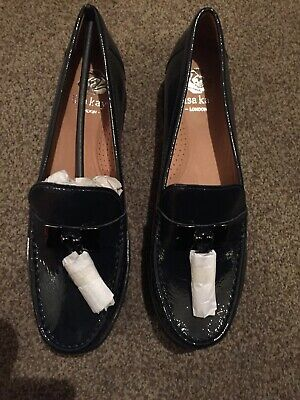Lisa Kay London Navy Patent Leather Moccasin Shoes Size 6 New